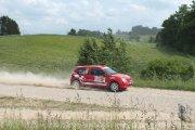 Ralio trasoje Manto Morkio ir Jono Paukštės ekipažas iš Lietuvos su automobiliu Renault Clio