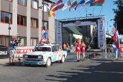 Startuoja Klim Baikov ir Andrey Kleshchev ekipažas iš Rusijos su automobiliu Lada 2105