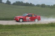 Ralio trasoje Pauliaus Nanartavičiaus ir Tautvydo Samuolio ekipažas iš Lietuvos su automobiliu BMW M3