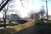 J. Basanavičiaus gatvės tiltas per Krašuonos upelį