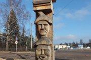 Skulptūra prie Utenos miškų urėdijos