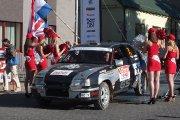 Startuoja Virginijaus Daudžvardžio ir Tado Pupeikio ekipažas iš Lietuvos su automobiliu Opel Kadett GSI