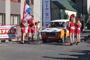 Startuoja Toms Binde ir Aigars Eglājs ekipažas iš Latvijos su automobiliu Lada 2106