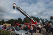 Utenos ugniagesių gelbėtojų specialios technikos demonstravimas