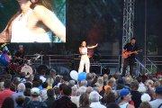 Koncertuoja Karina Krysko su grupe