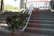Laiptai prie ''Saulės'' gimnazijos
