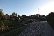 Tiltelis per Krašuonos upelį parke prie Žalgirio gatvės