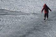 Ant Dauniškio ežero ledo