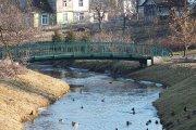 Tiltelis per Krašuonos upelį